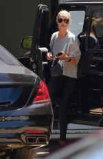 ROSIE HUNTINGTON WHITELEY Arrives at a Gym in Hollywood 07/20/2020