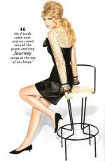 TAYLOR SWIFT in Glamour Magazine, December 2010