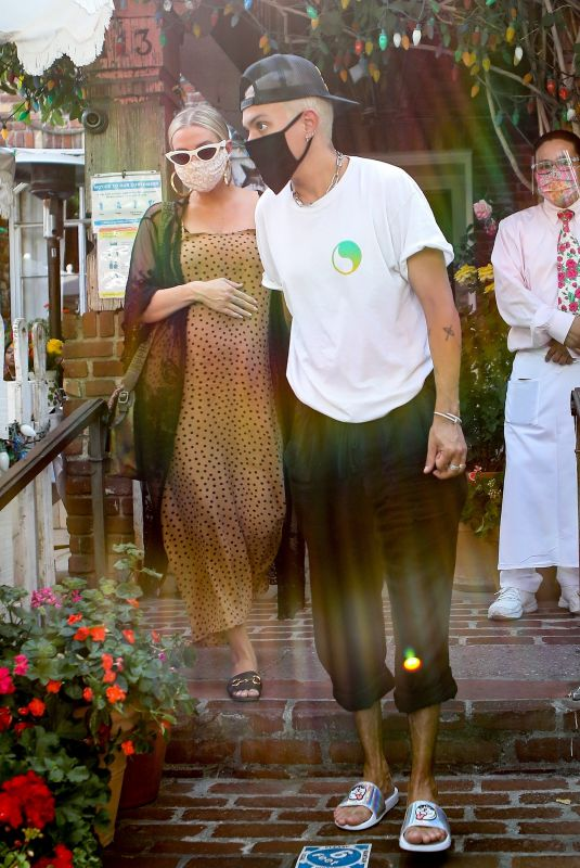 ASHLEE SIMPSON and Evan Ross at The Ivy in Los Angeles 06/22/2020