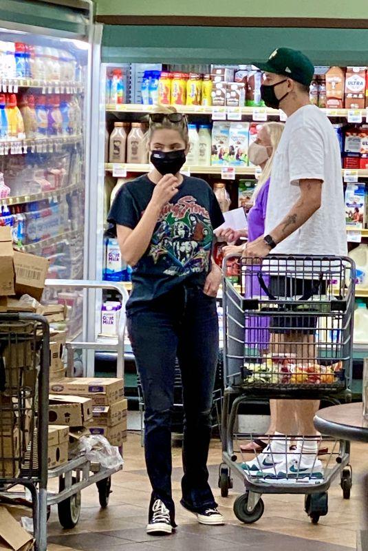 ASHLEY BENSON and G-Eazy Out Shopping in Los Feliz 08/18/2020