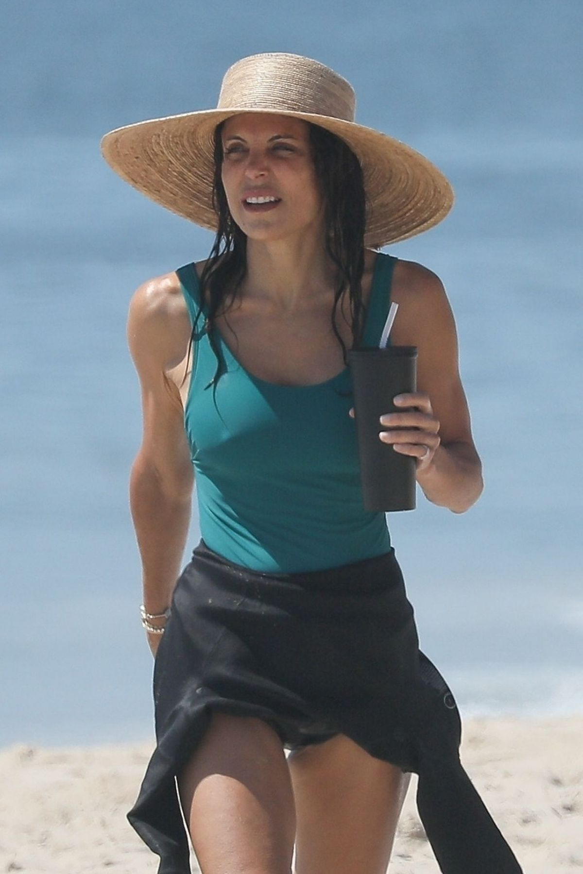 Bethenny Frankel In Swimsuit At A Beach In Hamptons 08 01