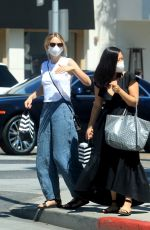 CAREY MULLIGAN Out and About in Beverly Hills 08/13/2020