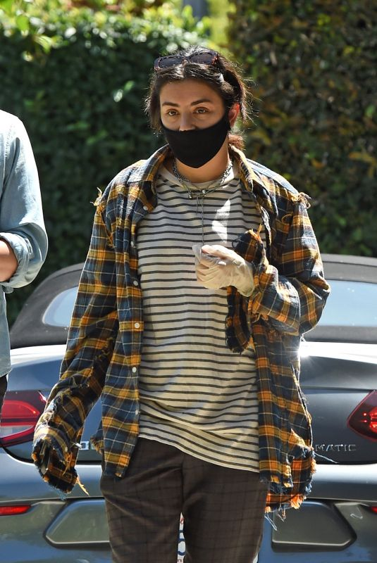 CHARLI XCX and Huck Kwong Wearing Masks and Gloves Out in Los Angeles 08/10/2020