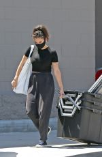 CHARLI XCX Shopping at Target in Los Angeles 08/11/2020
