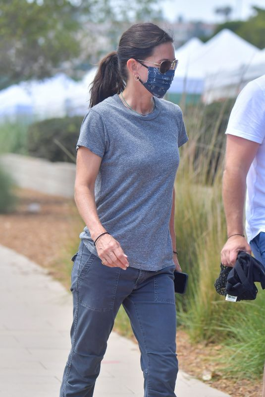 COURTENEY COX Wearing a Mask Out in Malibu 08/23/2020