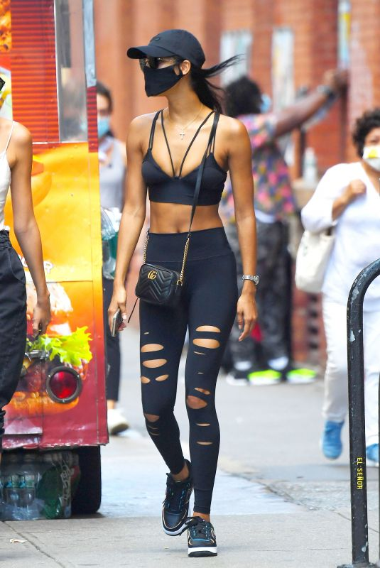 DAIANE SODRE at Sant Ambroeus in New York 08/806/2020