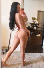 ELIZABETH JADE in Bikini - Instagram Photos 08/19/2020
