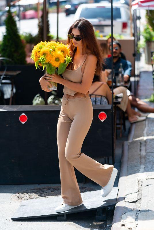 EMILY RATAJKOWSKI Out Buying Flowers in New York 08/22/2020