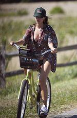 EMILY RATAJKOWSKI Out Riding a Bike in New York 08/08/2020