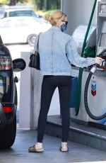 EMMA ROBERTS at a Gas Station in Los Feliz 08/25/2020