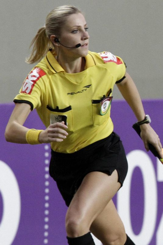 FERNANDA COLOMBO – Brazilian Football Referee