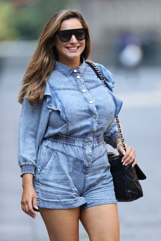 KELLY BROOK Arrives at Heart Radio in London 08/12/2020