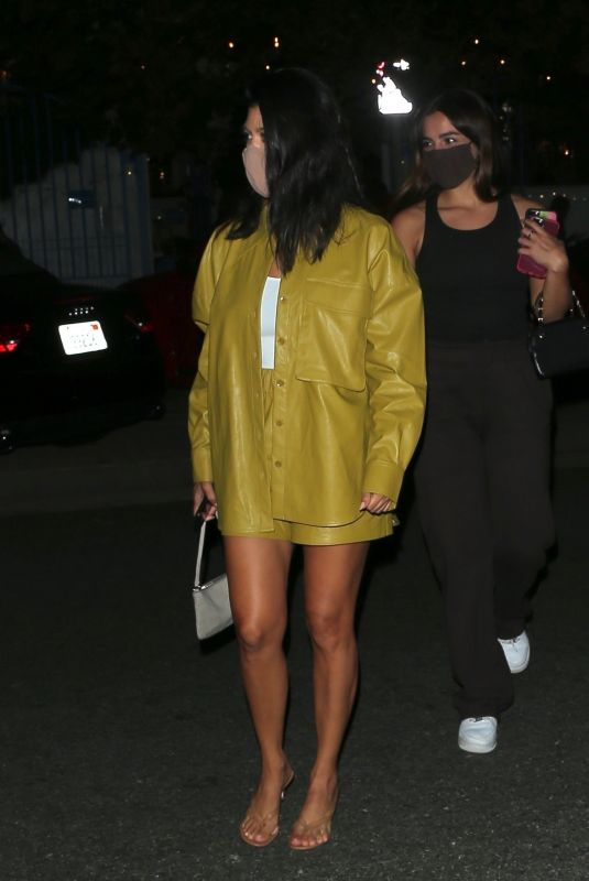 KOURTNEY KARDASHIAN and ADDISON RAE Out for Dinner in Malibu 08/30/2020