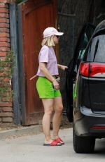 KRISTEN BELL Arrives on the Site of Her New Home in Los Feliz 08/23/2020