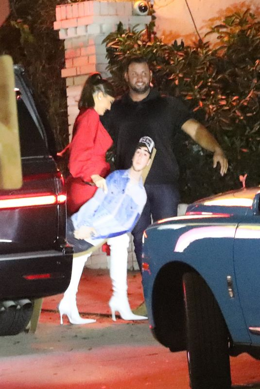 KYLIE JENNER Arrives at Chateau Marmont in West Hollywood 08/20/2020