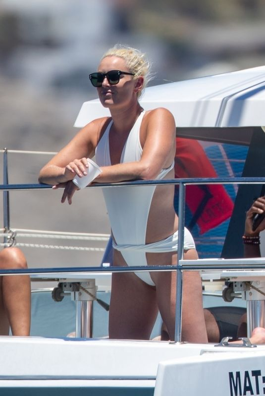 LINDSEY VONN in Swimsuit a a Yacht in Cabo San Lucas 08/15/2020