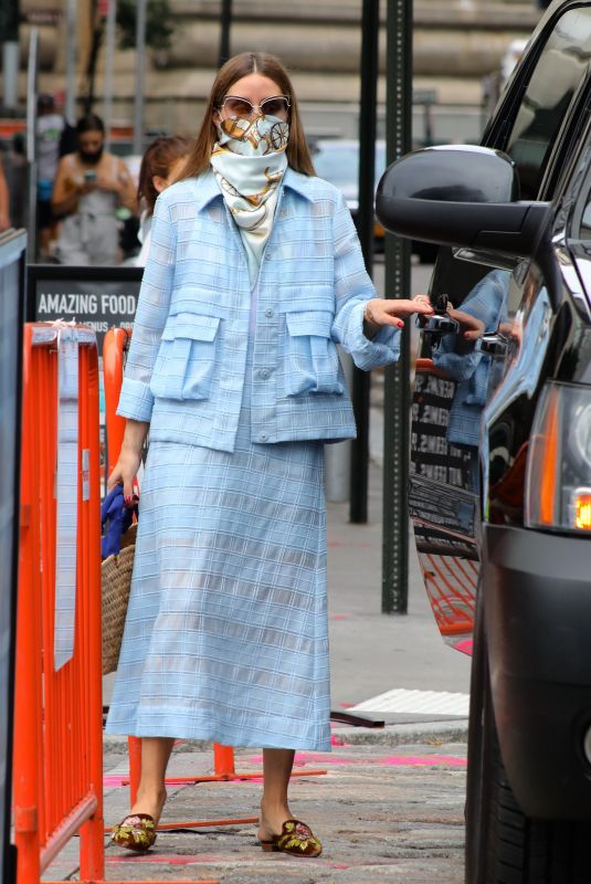 OLIVIA PALERMO Leaves a Business Meeting in New York 08/08/2020