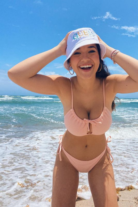 SOFIA GOMEZ in Bikini - Instagram Photos and Videos 08/02/2020
