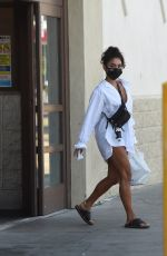 VANESSA HUDGENS Getting Take Out Dinner in Los Angeles 08/05/2020