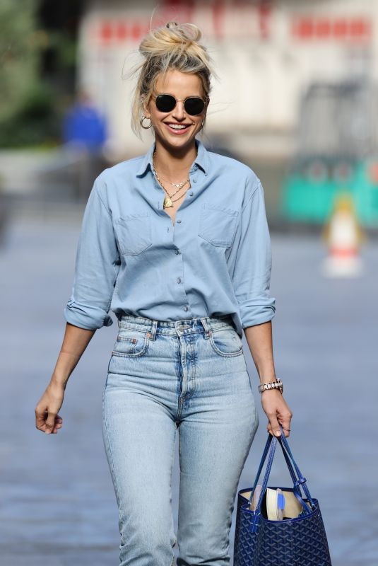 VOGUE WILLIAMS in Denim Out and About in London 08/30/2020
