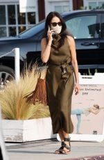 ABIGAIL SPENCEER Out and About in Brentwood 09/17/2020