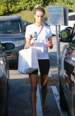 ALESSANDRA AMBROSIO Picks Up Lunch at Brentwood Country Mart 09/25/2020
