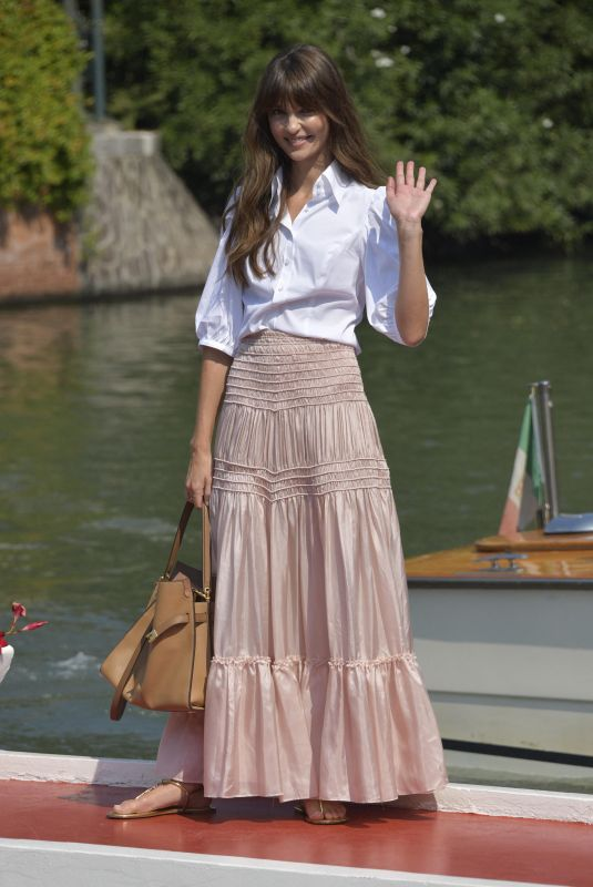 ANNABELLE BELMONDON Arrives at Hotel Excelsior in Venice 09/06/2020