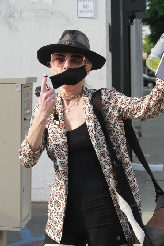 ANNE HECHE Arrives and Leaves the Dance Studio in Los Angeles 09/08/2020
