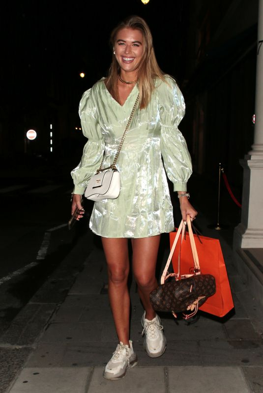 ARABELLA CHI Leaves IT Restaurant in London 09/22/2020
