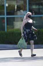 ARIEL WINTER Shopping for Grocery in Los Angeles 09/19/2020