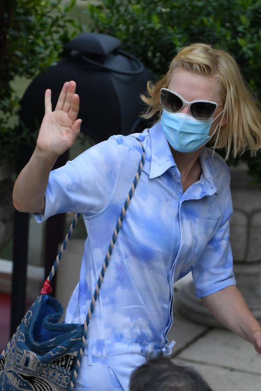 CATE BLANCHETT Leaves Her Hotel in Venice 09/06/2020