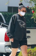 CHARLI XCX Leaves Massage Envy in Los Feliz 09/22/2020