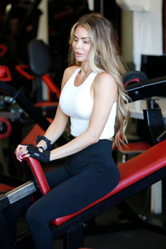 CHLOE SIMS at AB Salute Gym in Brentwood 09/01/2020
