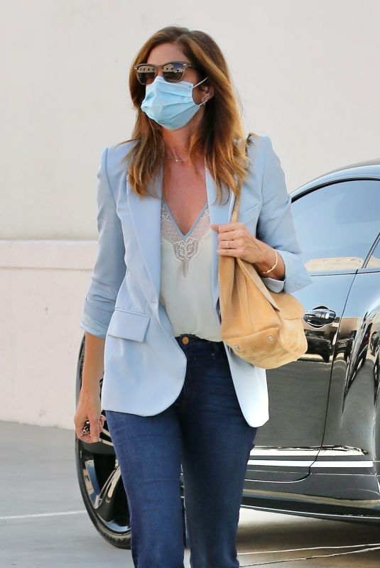 CINDY CRAWFORD Heading to a Hair Salon in Beverly Hills 09/24/2020