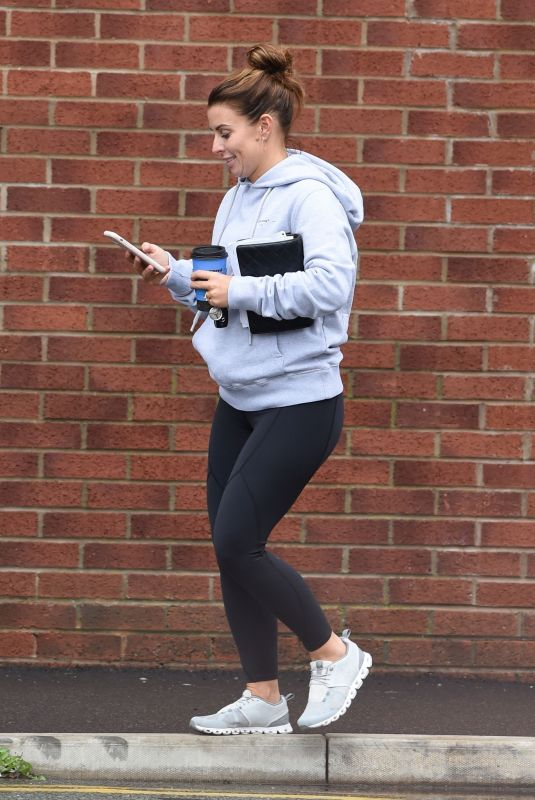 COLEEN ROONEY Out and About in Alderley Edge 09/03/2020
