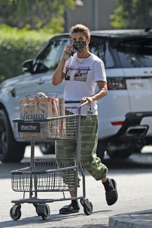 ELISABETTA CANALIS Shopping at Bristol Farms in West Hollywood 09/25/2020
