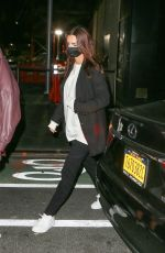 EMILY RATAJKOWSKI Out for Dinner with Friends in New York 09/15/2020