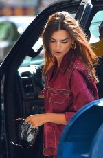 EMILY RATAJKOWSKI Out in Central Park in New York 09/12/2020