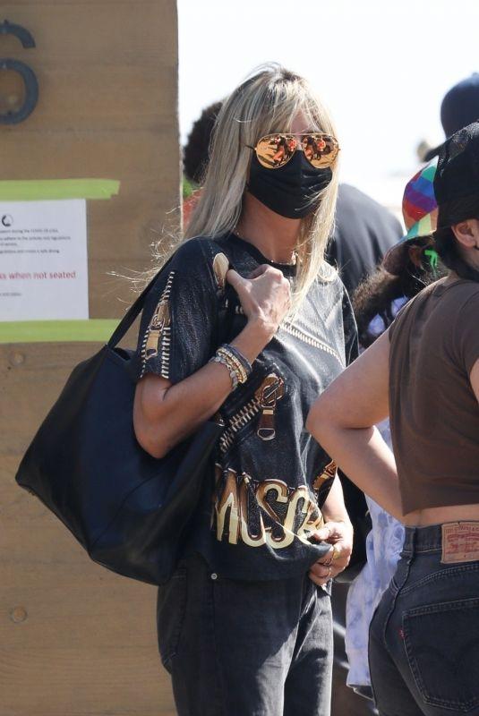 HEIDI KLUM Arrives at Nobu in Malibu 09/27/2020