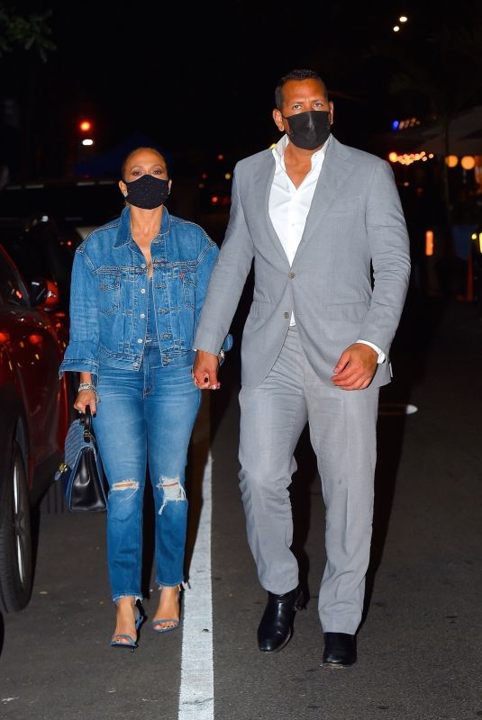 JENNIFER LOPEZ and Alex Rodriguez Out for Dinner in New York 09/08/2020
