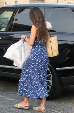 JORDANA BREWSTER Shopping at Brentwood Country Mart 09/09/2020