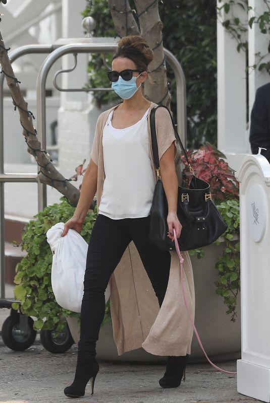 KATE BECKINSALE Leaves Shutters Hotel in Santa Monica 09/08/2020