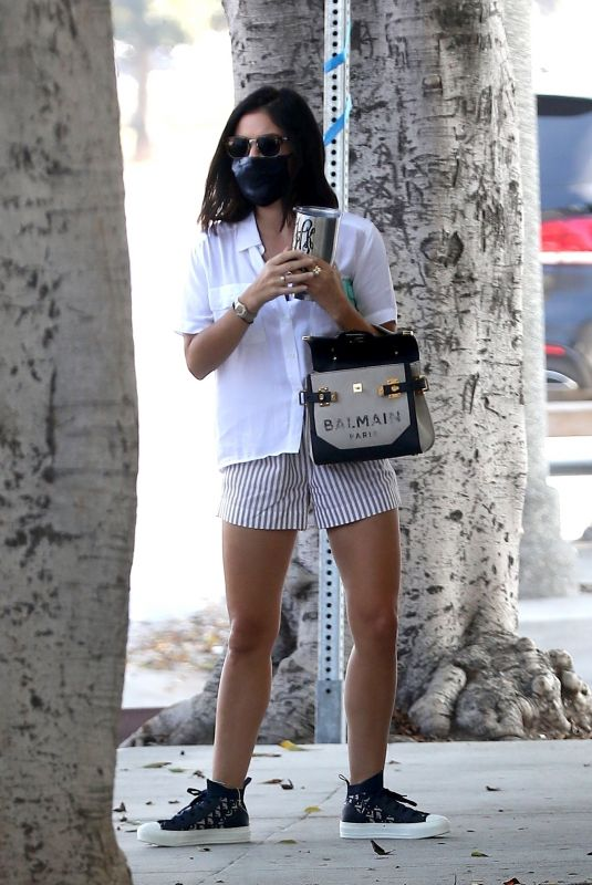 LUCY HALE Heading to Doctor's Office in Los Angeles 09/23/2020