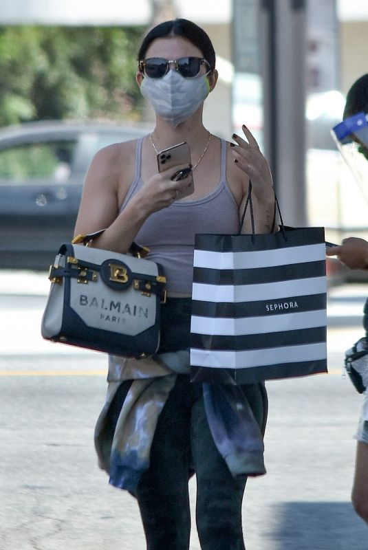 LUCY HALE Leaves Sephora Store in Studio City 09/04/2020