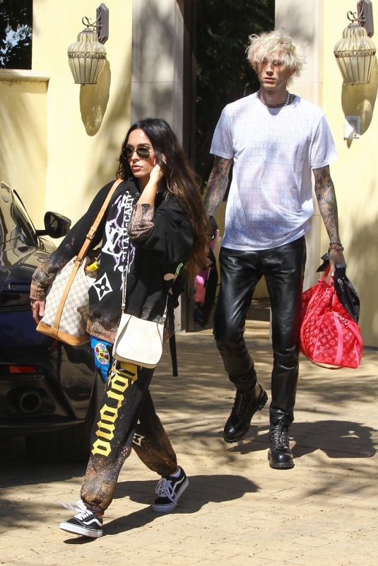 MEGAN FOX and Machine Gun Kelly Out in Los Angeles 09/25/2020