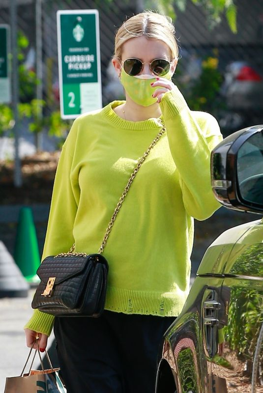 Pregnant EMMA ROBERTS Out in Los Feliz 09/24/2020