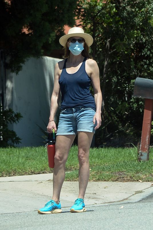 ROBIN WRIGHT in Denim Shorts Out and About in Los Angeles 08/31/2020