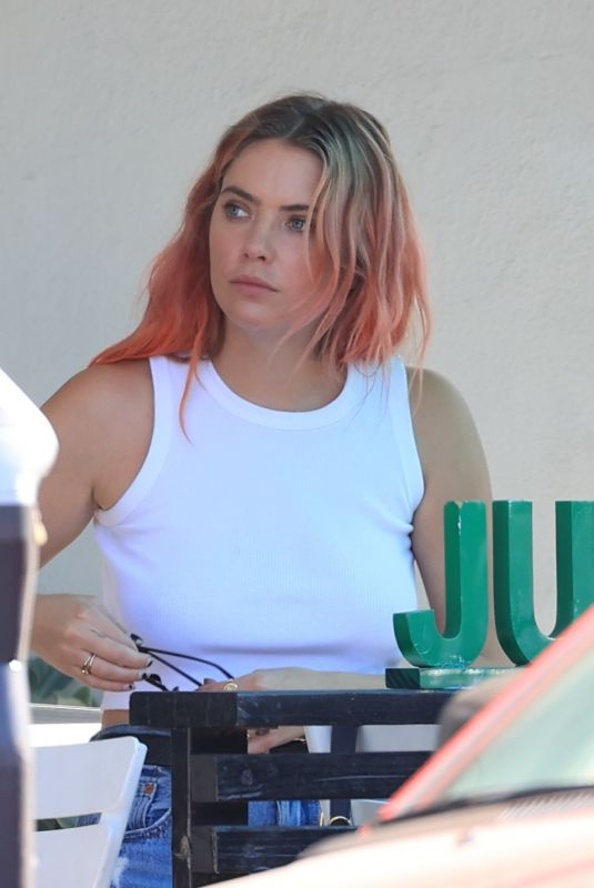 ASHLEY BENSON Out for Lunch in Los Angeles 10/14/2020