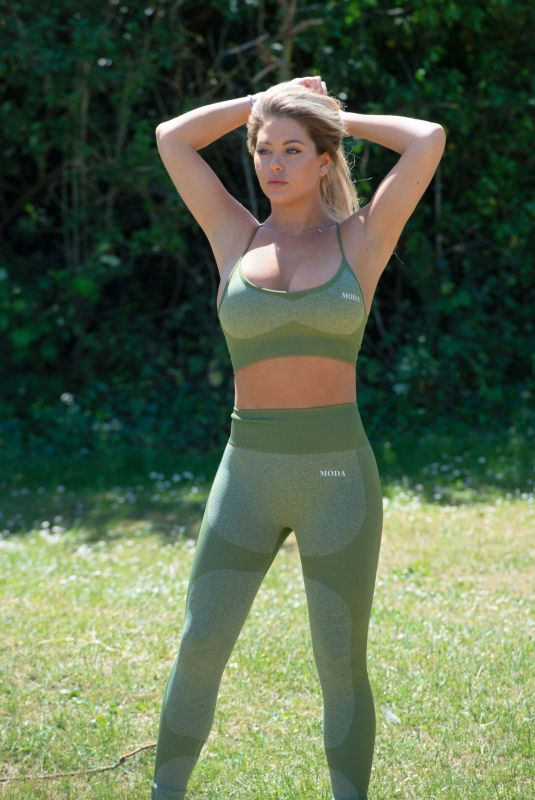 BIANCA GASCOIGNE Workout at a Park in London 10/01/2020