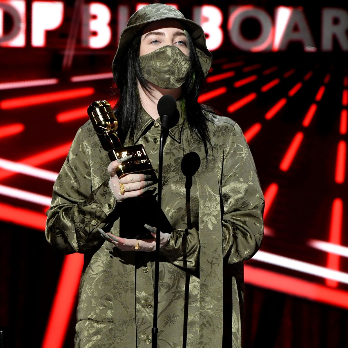 BILLIE EILISH at 2020 Billboard Music Awards 10/14/2020 ...